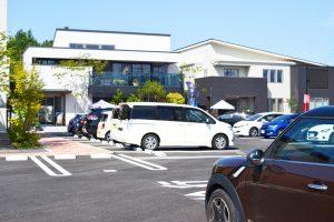 住宅展示場の駐車場