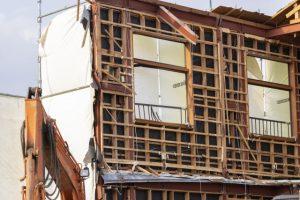 木造住宅の解体現場